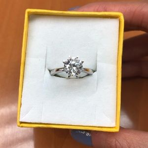 14k Solid White Gold 1.5 CT CZ Ring